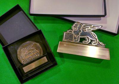 Trofeos para felicitación a empleados